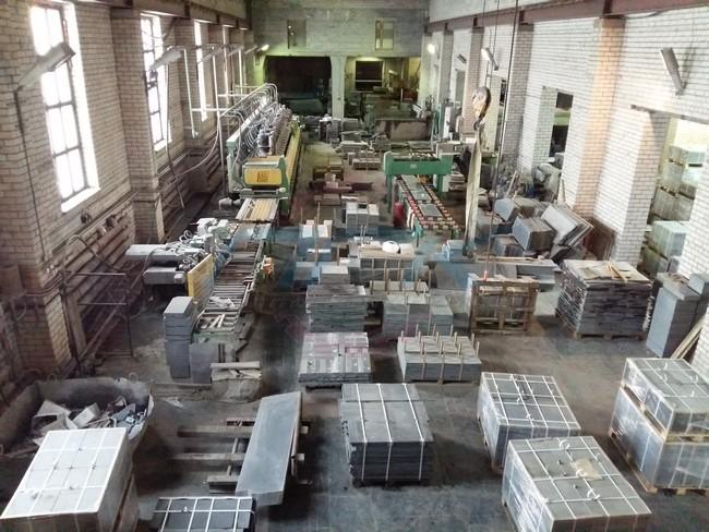 Изготовление памятников оптом на складе