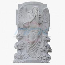 """Скульптура """"Ангел у стены, увитой розами"""""""