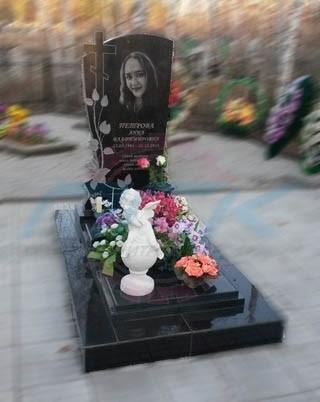 отзыв на изготовление памятника с цветами
